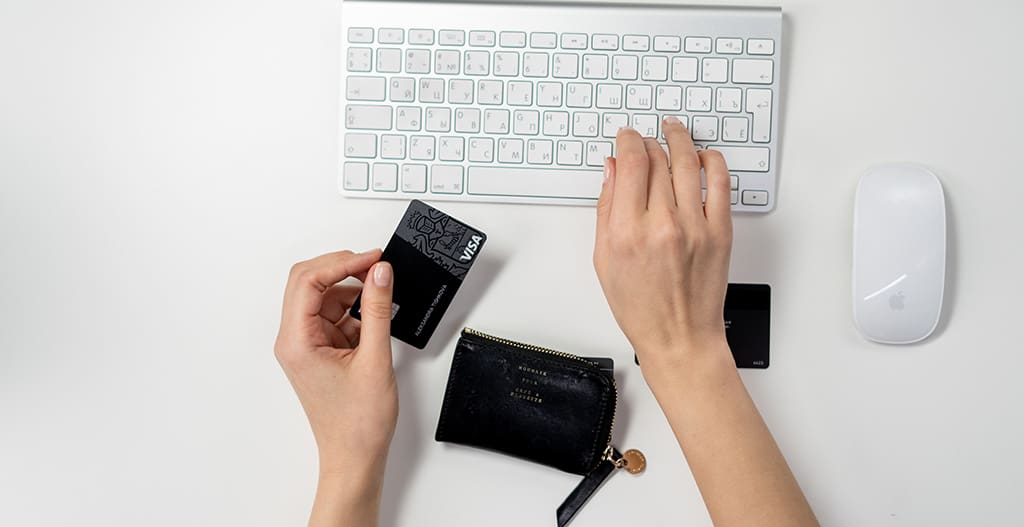 Why it's a bad idea to heavily rely on Credit Cards?